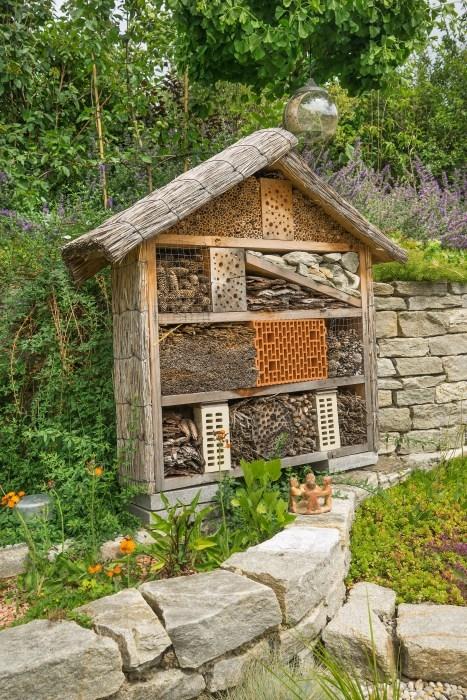 """36bdabf4f Nie je to len dekorácia, i keď mnohých láka práve to, že domčeky sú  atraktívne a najmä """"také"""" prírodné. Výborne zapadnú do vidieckej  rozvoľnenej záhrady, ..."""